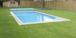 cesped-artificial-piscinas_760x390
